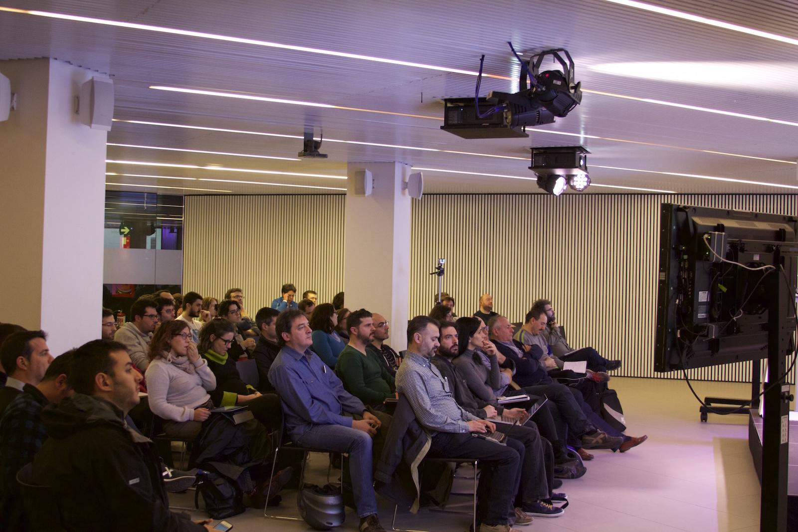 Un público muy interesado por el multiidoma